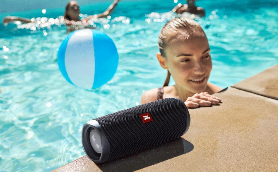 Make a splash with IPX7 waterproof design
