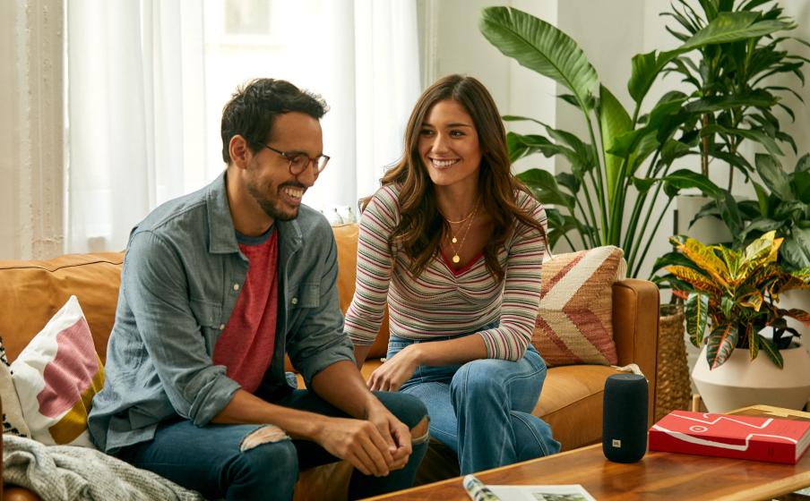 Wireless streaming via Wi-Fi or Bluetooth